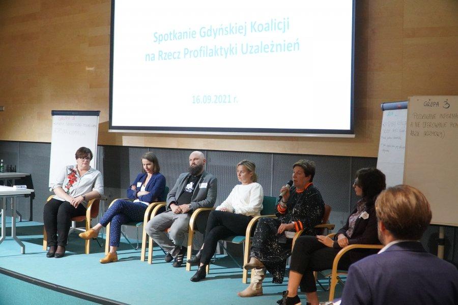Zdjęcie: W Pomorskim Parku Naukowo-Technologicznym Gdynia odbyło się spotkanie Gdyńskiej Koalicji na Rzecz Profilaktyki Uzależnień